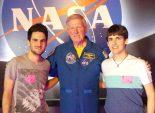 En Jordi, a la dreta, a la visita al Centra Espacial de la NASA, a Houston.